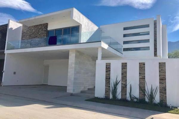 Foto de casa en venta en  , sierra alta 9o sector, monterrey, nuevo león, 14023966 No. 01