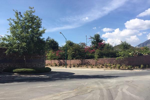 Foto de terreno habitacional en venta en  , sierra alta 9o sector, monterrey, nuevo león, 14023970 No. 02