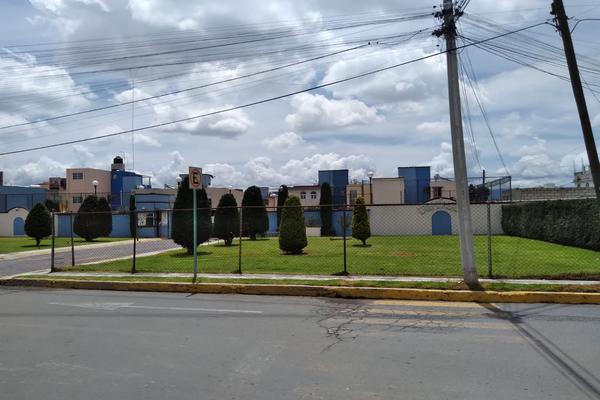 Foto de casa en venta en sin nombre , santa maría totoltepec, toluca, méxico, 0 No. 02