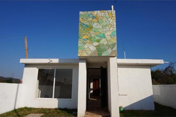 Foto de casa en venta en sin nombre sin numero, huecorio, pátzcuaro, michoacán de ocampo, 5329302 No. 01