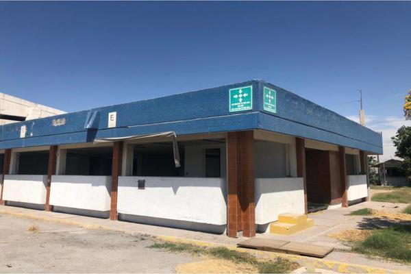 Foto de terreno habitacional en venta en s/n , 5 de mayo, gómez palacio, durango, 20447838 No. 02