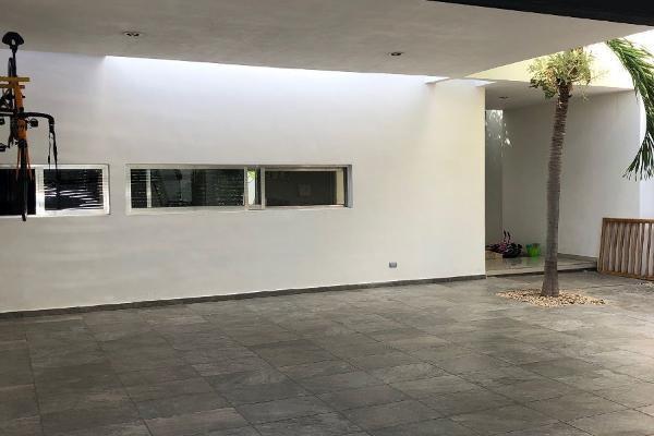 Foto de casa en venta en s/n , altabrisa, mérida, yucatán, 9961020 No. 02
