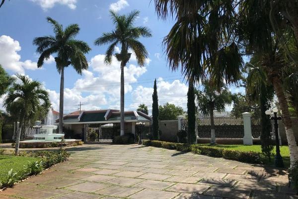 Foto de casa en venta en s/n , benito juárez nte, mérida, yucatán, 9982709 No. 02