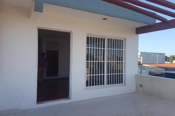 Foto de casa en venta en sn , bicentenario, othón p. blanco, quintana roo, 20150523 No. 02