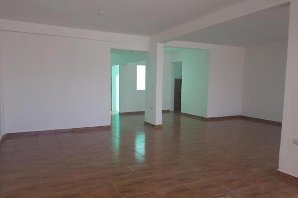 Foto de casa en venta en sn , bicentenario, othón p. blanco, quintana roo, 20150523 No. 04