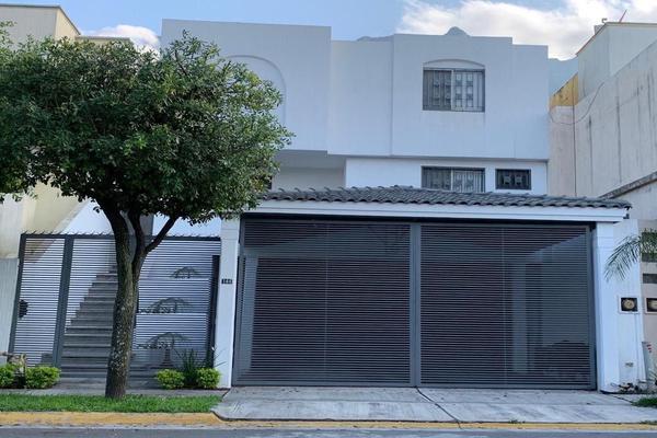 Foto de casa en venta en s/n , bosques de las cumbres, monterrey, nuevo león, 9993362 No. 01