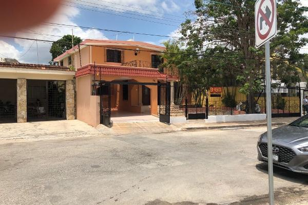 Foto de casa en venta en s/n , campestre, mérida, yucatán, 9984910 No. 01
