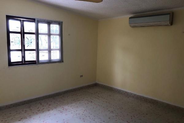 Foto de casa en venta en s/n , campestre, mérida, yucatán, 9984910 No. 02