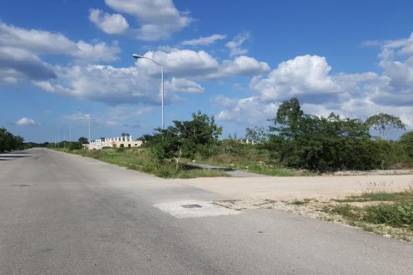 Foto de terreno habitacional en venta en s/n , caucel, mérida, yucatán, 9953487 No. 04