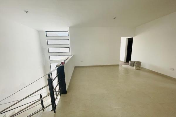 Foto de casa en venta en s/n , cerrada las palmas ii, torreón, coahuila de zaragoza, 20585356 No. 12