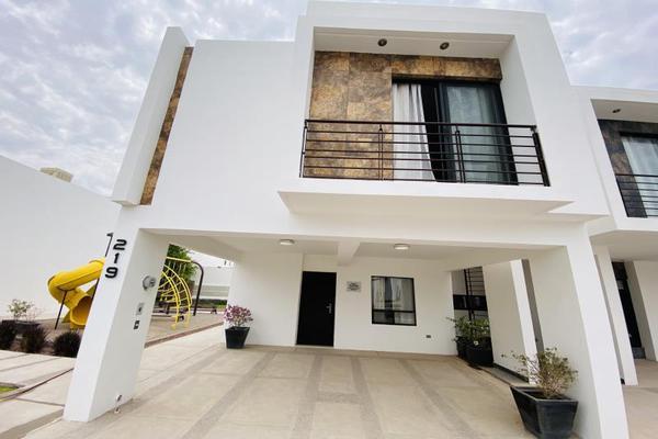 Foto de casa en venta en s/n , cerrada las palmas ii, torreón, coahuila de zaragoza, 20585527 No. 01