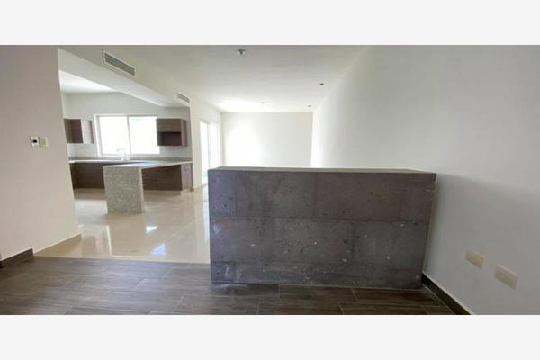 Foto de casa en venta en s/n , cerrada las palmas ii, torreón, coahuila de zaragoza, 21501247 No. 10