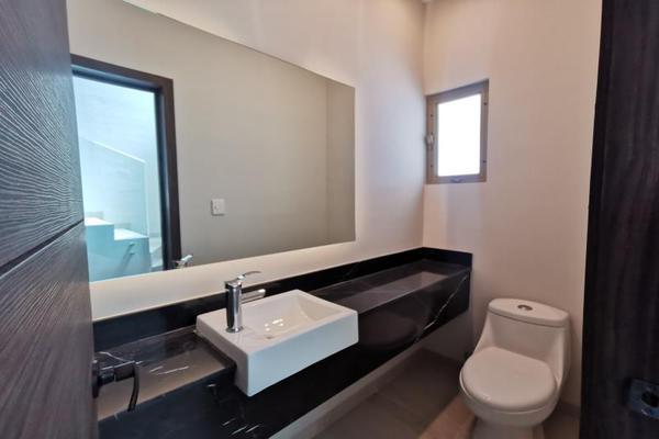 Foto de casa en venta en s/n , cerrada las palmas ii, torreón, coahuila de zaragoza, 21501542 No. 03