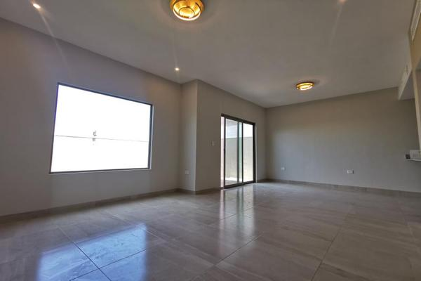 Foto de casa en venta en s/n , cerrada las palmas ii, torreón, coahuila de zaragoza, 21501542 No. 08