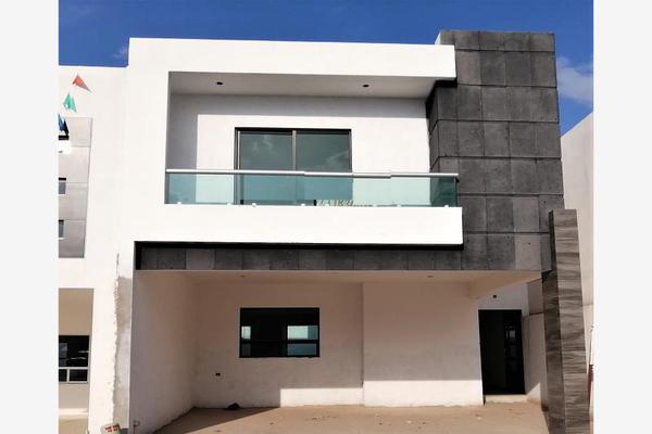 Foto de casa en venta en s/n , cerrada las palmas ii, torreón, coahuila de zaragoza, 9952139 No. 01