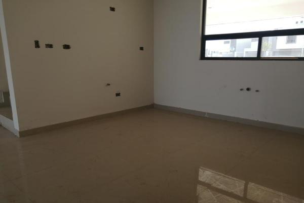 Foto de casa en venta en s/n , cerrada las palmas ii, torreón, coahuila de zaragoza, 9952139 No. 04