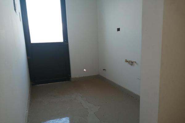 Foto de casa en venta en s/n , cerrada las palmas ii, torreón, coahuila de zaragoza, 9952139 No. 05