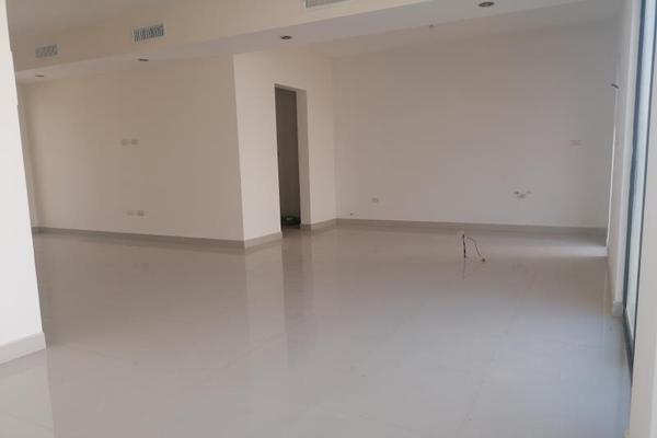 Foto de casa en venta en s/n , cerrada las palmas ii, torreón, coahuila de zaragoza, 9952139 No. 17