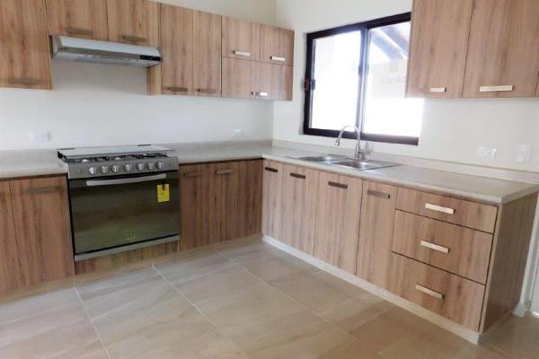Foto de casa en venta en s/n , cerrada las palmas ii, torreón, coahuila de zaragoza, 9955234 No. 05