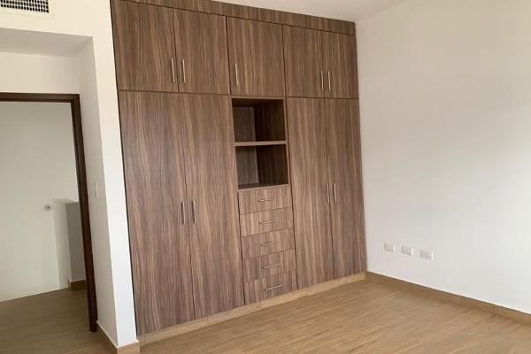 Foto de casa en venta en s/n , cerrada las palmas ii, torreón, coahuila de zaragoza, 9968777 No. 10