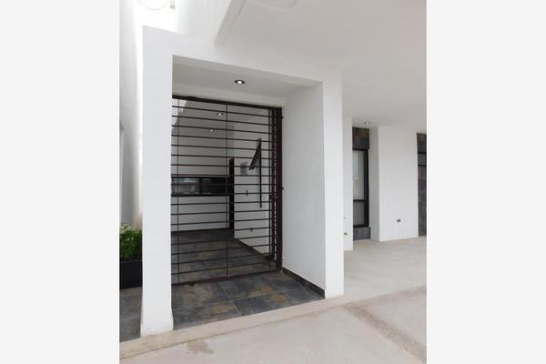 Foto de casa en venta en s/n , cerrada las palmas ii, torreón, coahuila de zaragoza, 9977562 No. 03