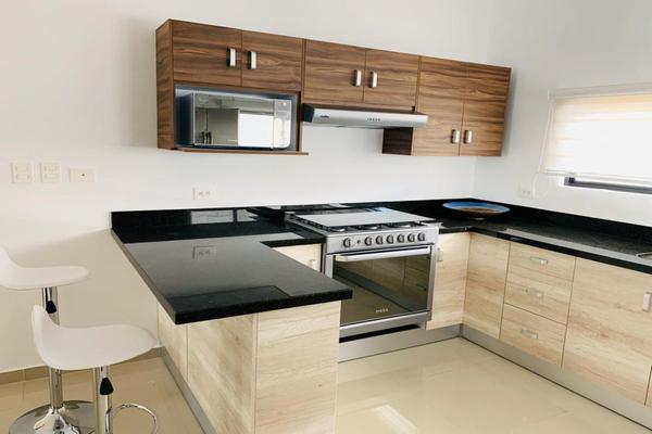 Foto de casa en venta en s/n , chichi suárez, mérida, yucatán, 9953777 No. 02