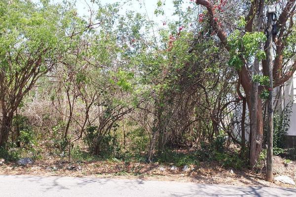 Foto de terreno habitacional en venta en s/n , club de golf la ceiba, mérida, yucatán, 10271738 No. 02