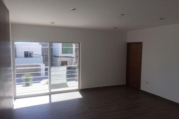 Foto de casa en venta en s/n , colinas del saltito, durango, durango, 9964944 No. 02
