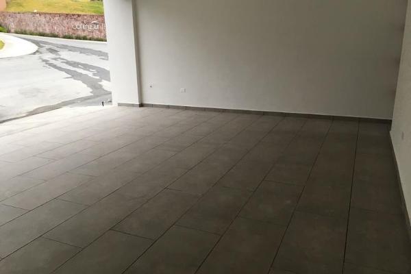 Foto de casa en venta en s/n , contry, monterrey, nuevo león, 9976982 No. 02