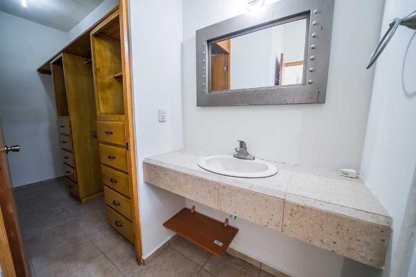 Foto de casa en venta en s/n , cumbres elite 8vo sector, monterrey, nuevo león, 9960495 No. 02