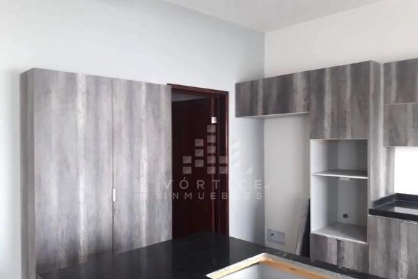 Foto de casa en venta en s/n , cumbres elite 8vo sector, monterrey, nuevo león, 9964980 No. 02