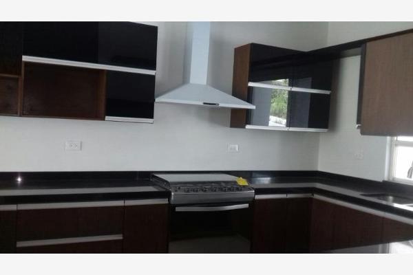Foto de casa en venta en s/n , cumbres elite 8vo sector, monterrey, nuevo león, 9968723 No. 02