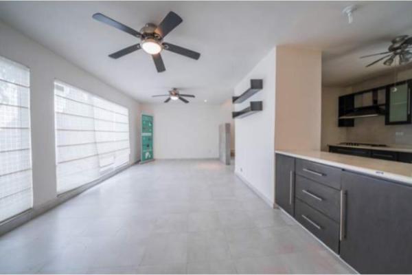 Foto de casa en venta en s/n , cumbres elite sector villas, monterrey, nuevo león, 9951241 No. 02