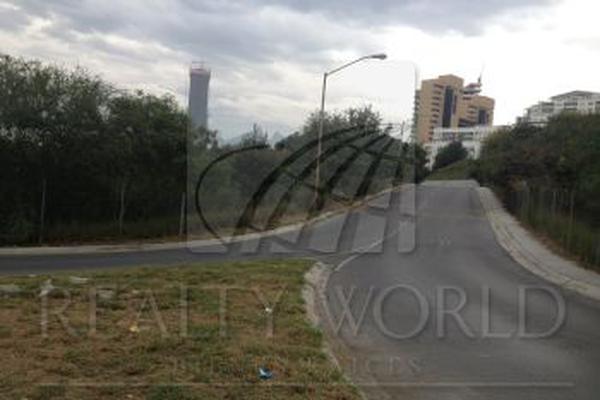Foto de terreno comercial en venta en s/n , del valle oriente, san pedro garza garcía, nuevo león, 9979740 No. 02