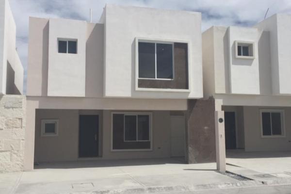 Foto de casa en venta en s/n , del valle, saltillo, coahuila de zaragoza, 9972112 No. 03