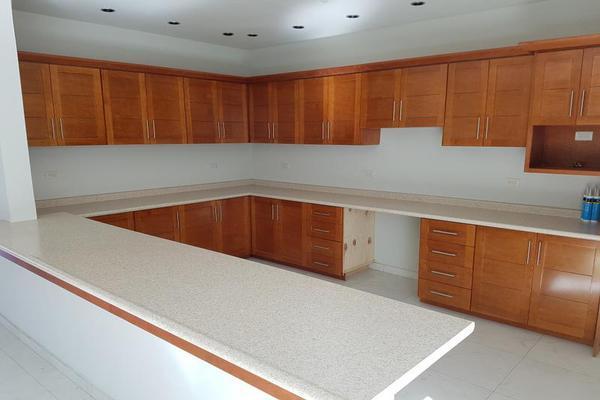 Foto de casa en venta en s/n , el bosque residencial, durango, durango, 9983482 No. 02