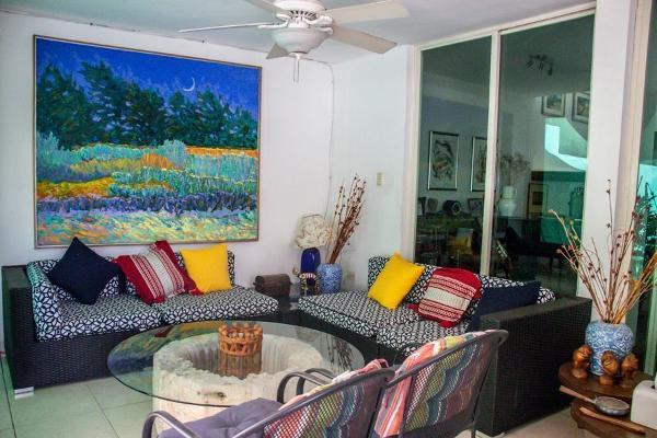 Foto de casa en venta en s/n , emiliano zapata nte, mérida, yucatán, 9953507 No. 01