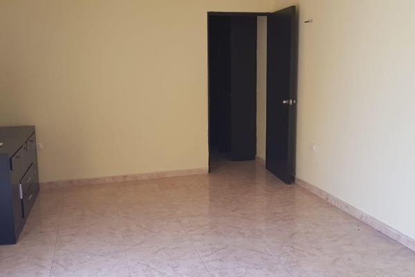 Foto de casa en venta en s/n , emiliano zapata nte, mérida, yucatán, 9968632 No. 02