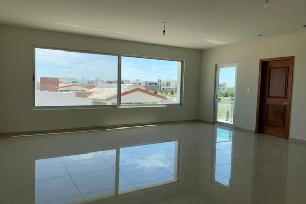 Foto de casa en venta en s/n , fraccionamiento campestre residencial navíos, durango, durango, 10096888 No. 02