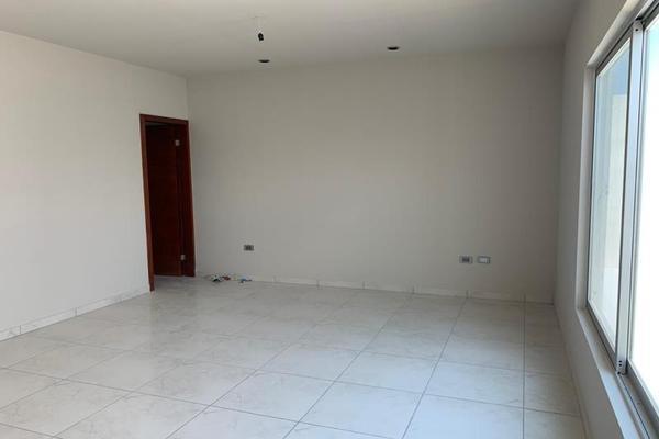 Foto de casa en venta en s/n , fraccionamiento campestre residencial navíos, durango, durango, 10097254 No. 02
