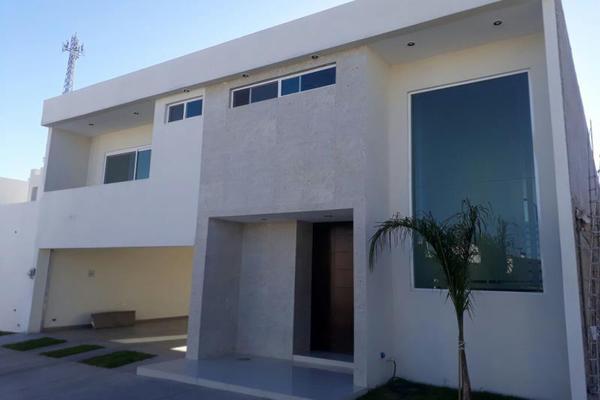 Foto de casa en venta en s/n , fraccionamiento campestre residencial navíos, durango, durango, 9207054 No. 01