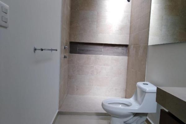 Foto de casa en venta en sn , fraccionamiento las quebradas, durango, durango, 10036986 No. 03