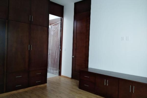 Foto de casa en venta en sn , fraccionamiento las quebradas, durango, durango, 10036986 No. 10