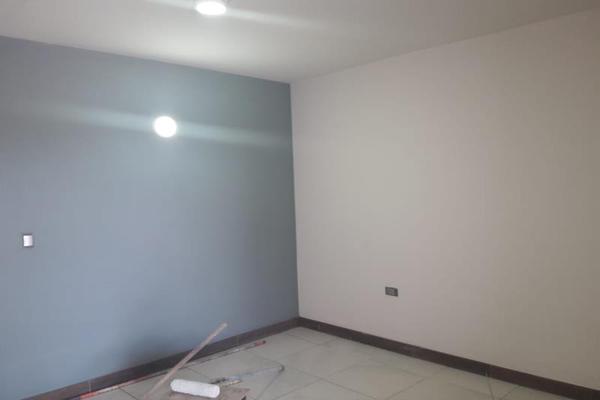 Foto de casa en venta en s/n , fraccionamiento san miguel de casa blanca, durango, durango, 10019897 No. 02