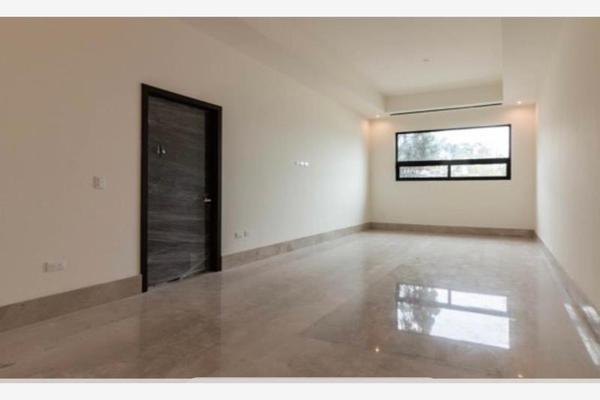 Foto de casa en venta en s/n , fuentes del valle, san pedro garza garcía, nuevo león, 9983542 No. 02