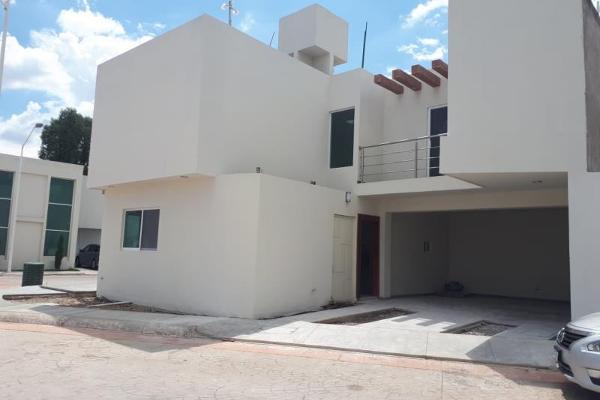 Foto de casa en venta en s/n , hacienda de tapias, durango, durango, 9961144 No. 02
