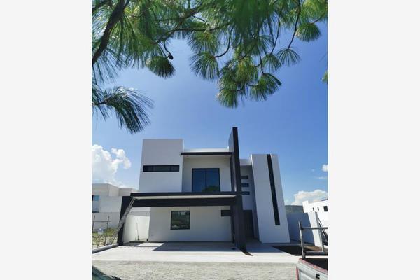 Foto de casa en venta en s/n , hacienda del refugio, saltillo, coahuila de zaragoza, 9951189 No. 02