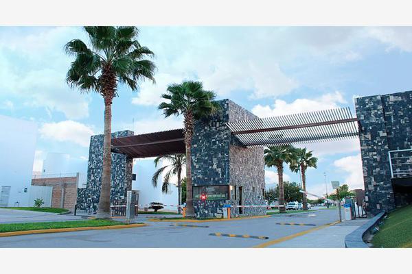 Foto de terreno habitacional en venta en s/n , hacienda del rosario, torreón, coahuila de zaragoza, 8799966 No. 02
