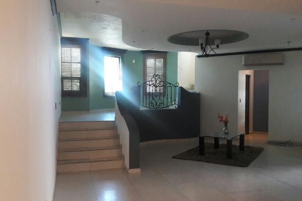 Foto de casa en venta en s/n , hacienda los cantu 1er sector, general escobedo, nuevo león, 9990874 No. 02
