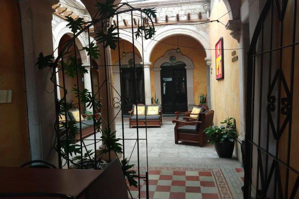 Foto de casa en venta en s/n , iv centenario, durango, durango, 9980210 No. 02
